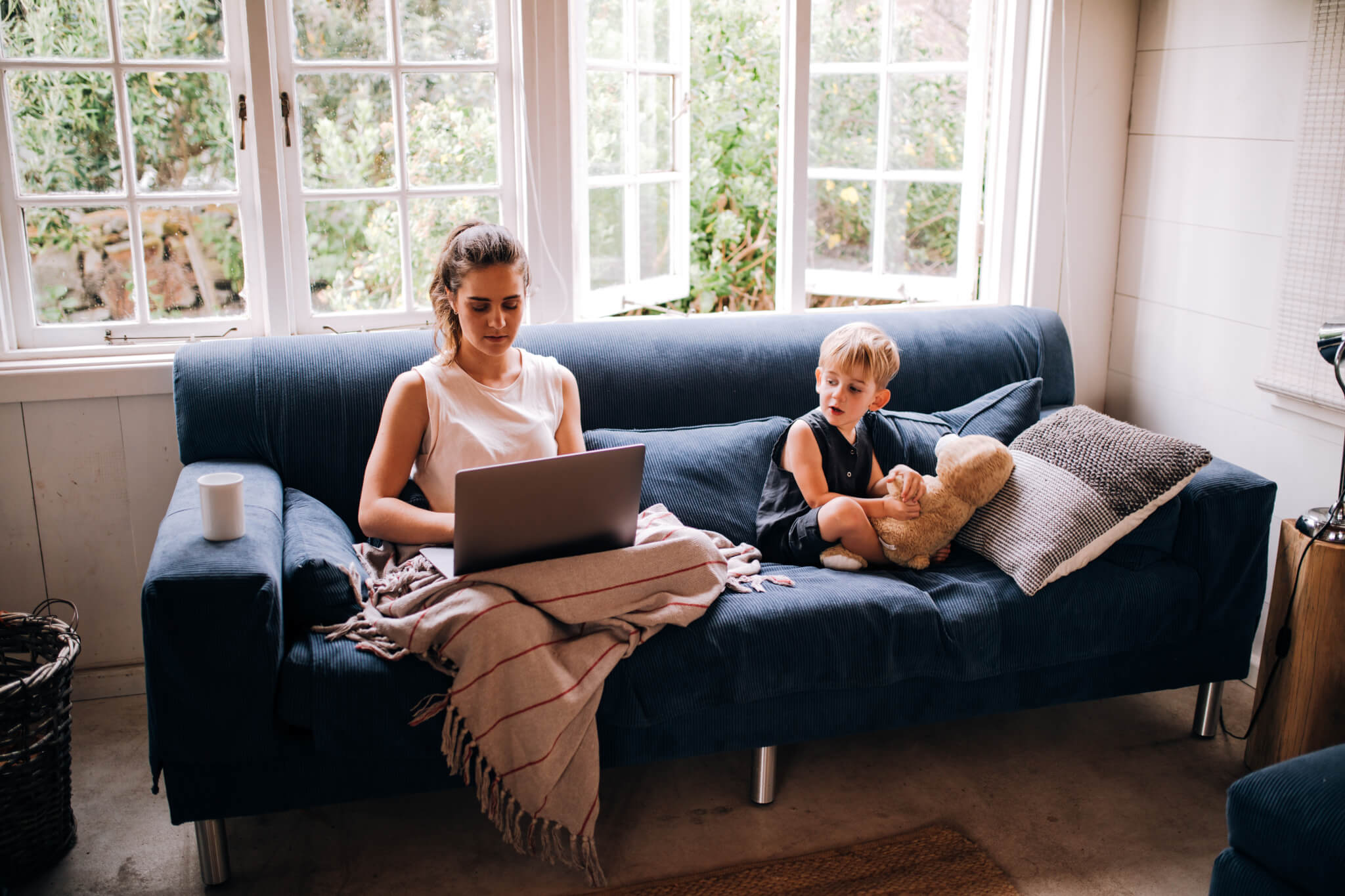 business-shopping-child-mother-son-home-laptop-work-online | online wills vs. lawyer